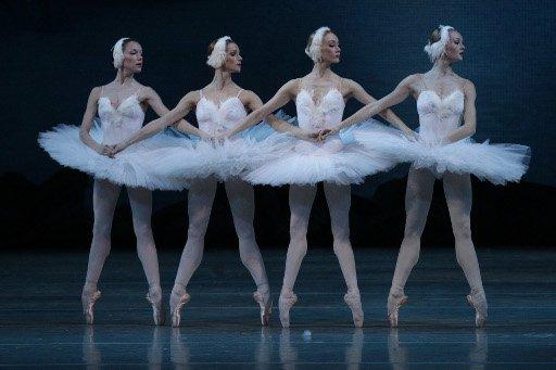 مسرح ماريينسكي يبث لأول مرة في العالم عرض باليه ثلاثي الابعاد 3D