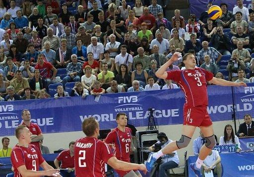 روسيا تفوز على صربيا في الدوري العالمي بالكرة الطائرة