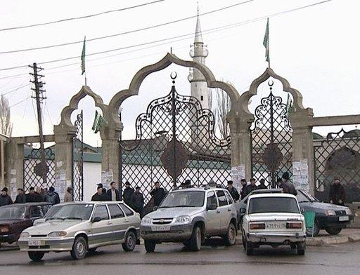 داغستان.. إمام مسجد يدافع عن نفسه ويقتل احد المهاجمين