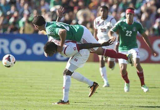 المكسيك تسقط أمام بنما في بطولة الكأس الذهبية