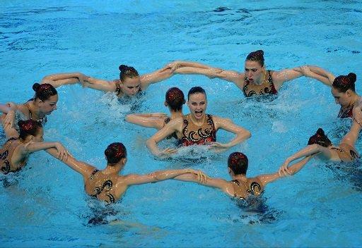 روسيا تحصد ذهبية السباحة التزامنية للفرق في يونيفرسياد 2013