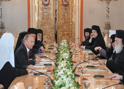 بوتين يحذر من انتهاك حقوق الأقليات الدينية في الشرق الأوسط