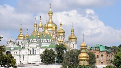 أوكرانيا وروسيا وبيلاروس تقيم احتفالات مهيبة في ذكرى عماد روس القديمة