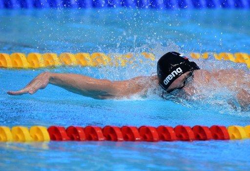 إيزوتوف يكتفي ببرونزية بطولة العالم للسباحة في برشلونة