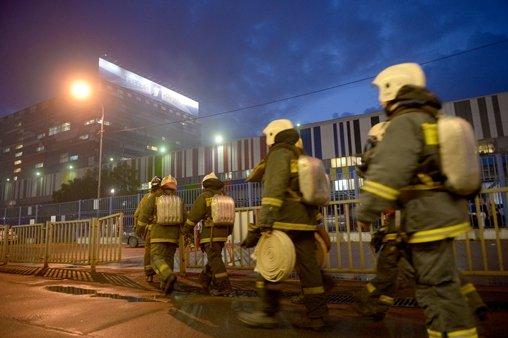 إجلاء زهاء ألف شخص من مركز التلفزيون الروسي بموسكو بسبب حريق نشب في احد اقسامه