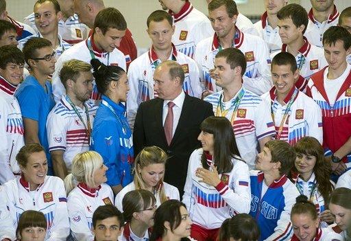 بوتين ينصح منتقدي الرياضيين الروس بتناول الفياغرا!