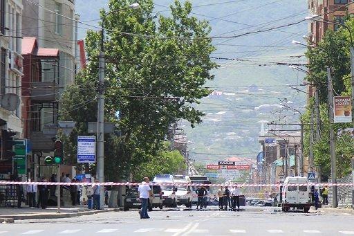 إصابة 16 شخصا في سلسلة هجمات على محلات تجارية في محج قلعة