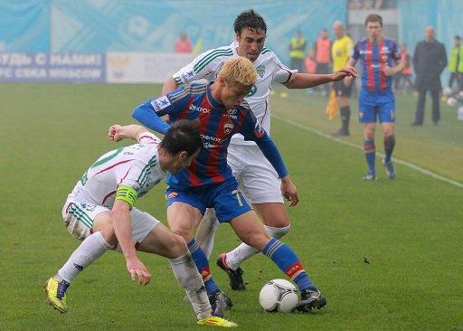 ميلان يضم هوندا لاعب تسيسكا موسكو مقابل 4.5 ملايين يورو
