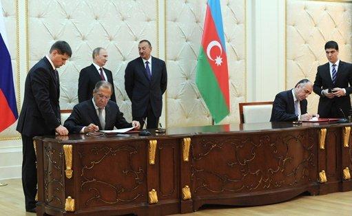 روسيا – أذربيجان: حجم التعاون العسكري يبلغ 4 مليارات دولار واتفاق جديد في مجال النفط