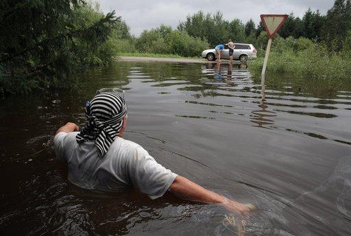 إجلاء الآلاف من سكان الشرق الأقصى الروسي بسبب الفيضانات وبوتين يطالب بحماية المتضررين