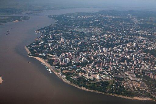 الفيضانات تغمر أكثر من 70 منزلا في إقليم خاباروفسك في الشرق الأقصى الروسي