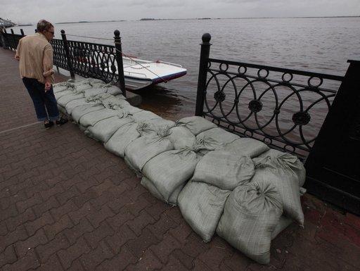 إجلاء 850 شخصا من منطقة غمرتها الفيضانات في الشرق الأقصى الروسي