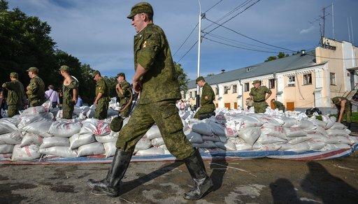 الفيضانات تهدد محطة كهرحرارية في الشرق الأقصى الروسي