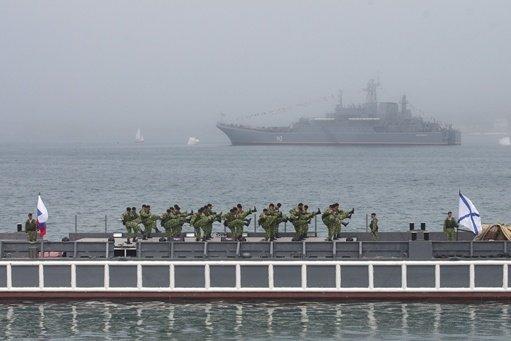 مصدر عسكري روسي: الورشة العائمة الروسية ستغادر ميناء طرطوس في حال تفاقم الأوضاع