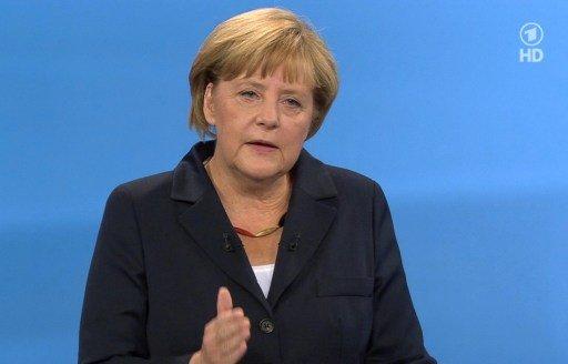 ميركل تؤكد عدم مشاركة ألمانيا في عملية عسكرية محتملة في سورية