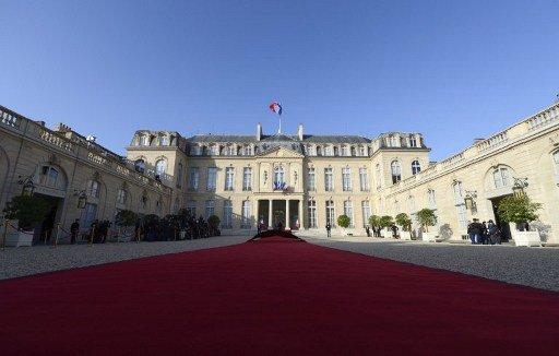 الحكومة الفرنسية ستقدم للبرلمان أدلة على استخدام دمشق للسلاح الكيميائي
