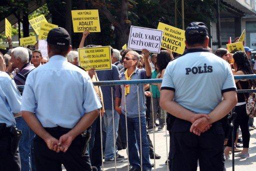 اعتقال رئيس هيئة الاركان التركي السابق