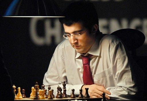 الروسي كرامنيك يتوج بكأس العالم للشطرنج