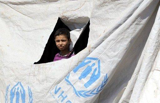 السويد اول بلد في الاتحاد الاوروبي يقرر منح اللجوء لكل السوريين الذين تقدموا بطلب لجوء
