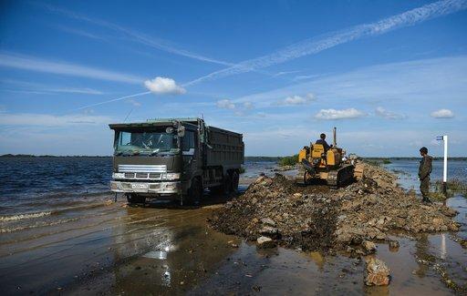 منسوب المياه في نهر آمور بالشرق الأقصى الروسي يصل إلى مستوى قياسي جديد