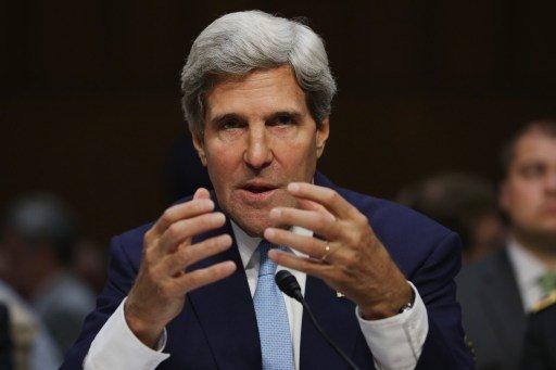كيري يؤكد أن دولا عربية عرضت تحمل نفقات العملية العسكرية ضد سورية