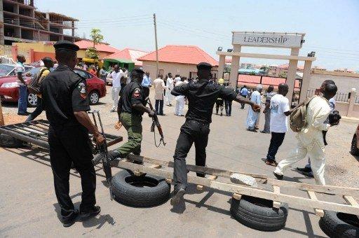 مقتل 15 شخصا على الأقل على أيدي مسلحين يشتبه في انتمائهم لـ