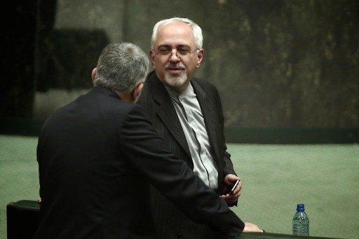 وزير الخارجية الإيراني يشجب محرقة اليهود على يد النازية