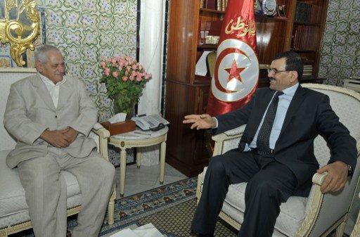 تونس.. اتحاد الشغل يوقف المشاورات بين المعارضة والائتلاف الحاكم