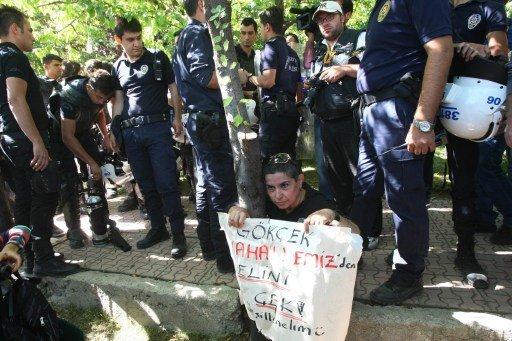 الشرطة التركية تفرق عشرات الطلاب المحتجين في العاصمة انقرة