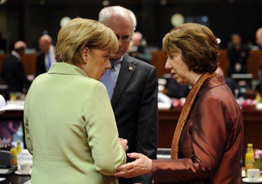 الاتحاد الأوروبي يدعو الولايات المتحدة الى تأجيل الضربة على سورية