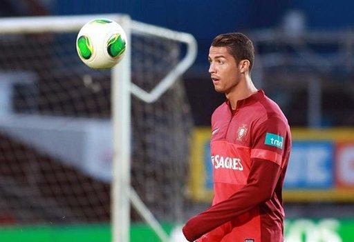 النجم البرتغالي رونالدو يغيب عن ودية البرازيل