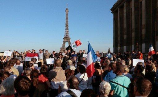 معظم الفرنسيين يعارضون التحرك العسكري ضد سورية ويرفضون مشاركة بلادهم