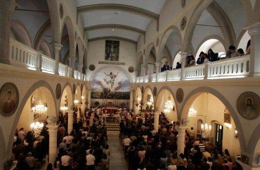 كنائس دمشق تقيم صلاة جماعية من أجل السلام في سورية