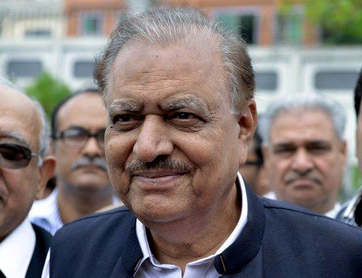 الرئيس الباكستاني الجديد يؤدي اليمين الدستورية