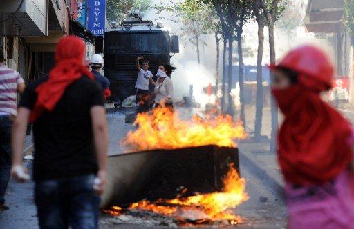 مقتل متظاهر في اشتباكات مع الشرطة جنوب تركيا
