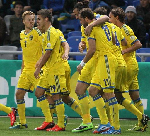 أبراهيموفيتش يقود السويد للفوز على كازاخستان