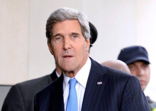 كيري يؤكد للجربا وادريس سعيه لابرام اتفاق جدير بالثقة حول الكيميائي السوري