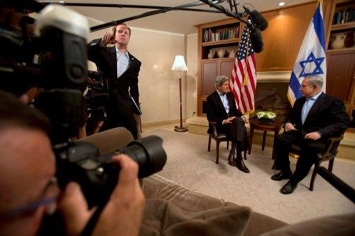 كيري يلتقي الأحد في القدس نتانياهو لبحث المفاوضات مع الفلسطينيين والأزمة السورية