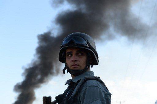 مقتل 3 مدنيين أفغان في تفجير انتحاري استهدف جنودا أجانب