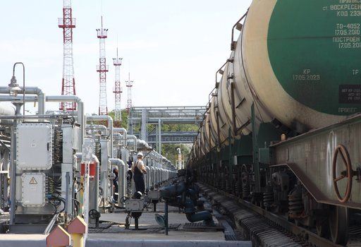 ارتفاع رسوم تصدير النفط الروسي إلى 416 دولار للطن ابتداء من أكتوبر