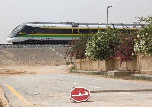 سلطنة عمان تنوي مد أول سكة حديد في 2014