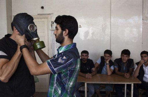 إسرائيل تدعو للإطاحة بالأسد