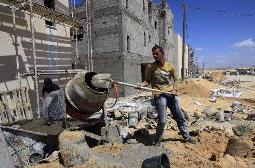 للمرة الأولى منذ ست سنوات.. مواد بناء إسرائيلية في قطاع غزة