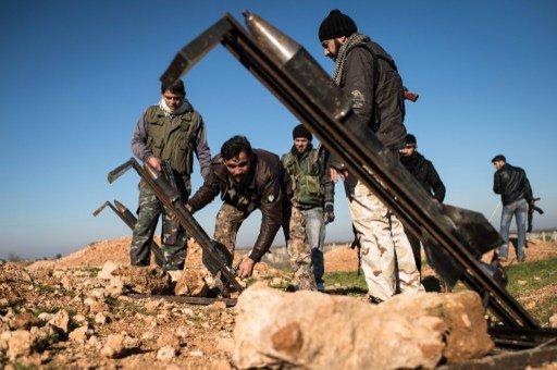 الأكراد يطردون مسلحي النصرة من قرية علوك والمعارضة السورية تطلق صواريخ من صنعها