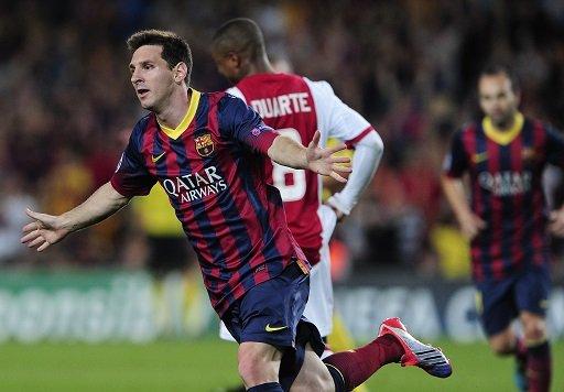 ميسي يقود برشلونة إلى الفوز على أياكس ويرد على رونالدو بـ