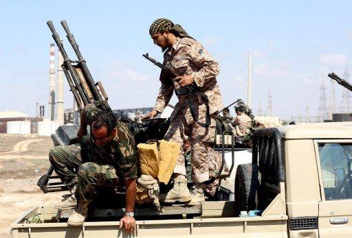 هاغل يبحث مع نظيره الليبي سبل دعم قوات الأمن الليبية