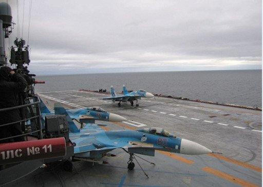 30 سفينة و2.5 ألف فرد يشاركون في مناورات بحرية في شمال روسيا