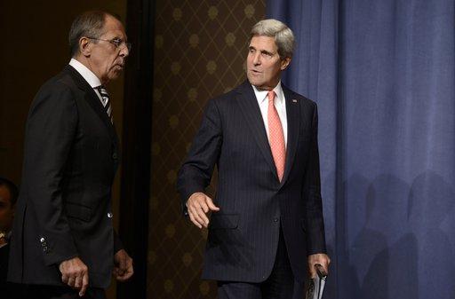 لافروف وكيري يناقشان الوضع في سورية في سياق الاتفاقات حول الاسلحة الكيميائية السورية