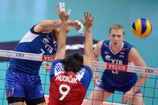 روسيا تستعيد سكة الإنتصارات في كأس الأمم الأوروبية للكرة الطائرة