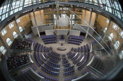 انطلاق الانتخابات التشريعية في ألمانيا وسط توقعات بفوز كتلة ميركل